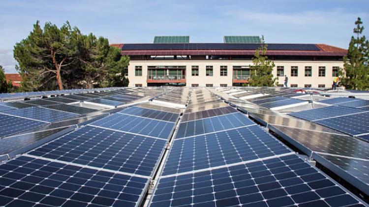 фото солнечные батареи для школы