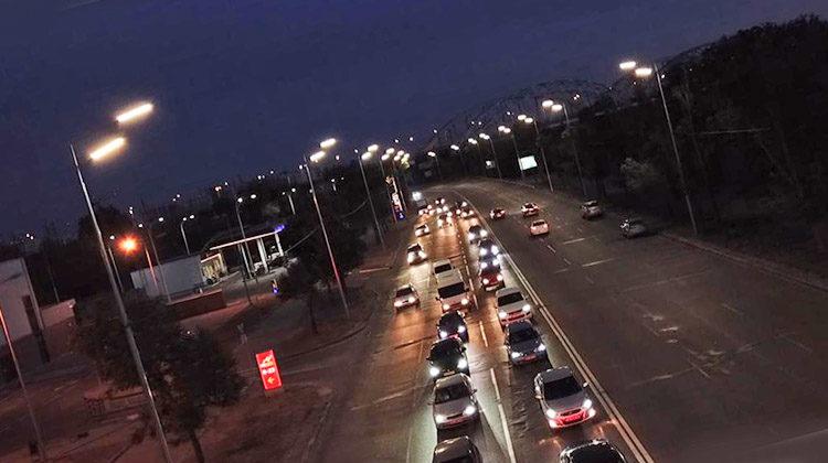 фото днепровская набережная с новым уличным освещением
