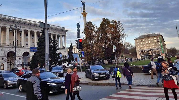 фото светофор в центре Киева