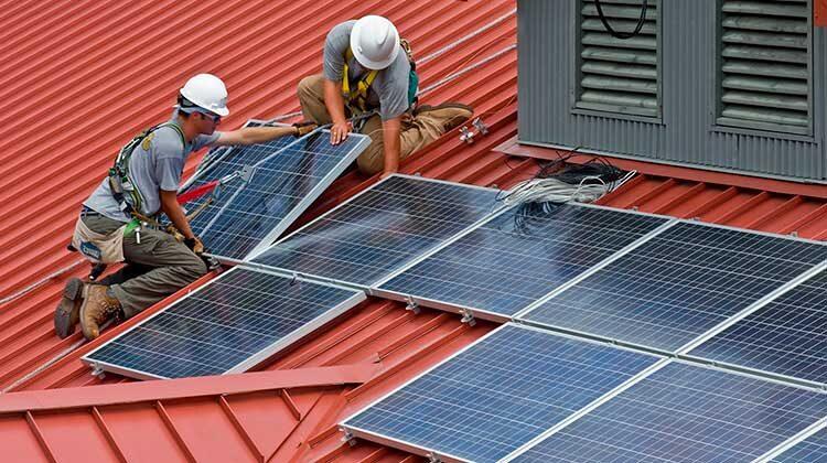 фото оснащение полицейских участков солнечными электростанциями
